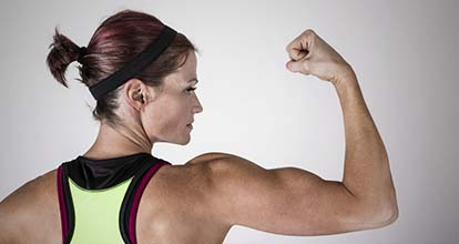 腕の太い女性